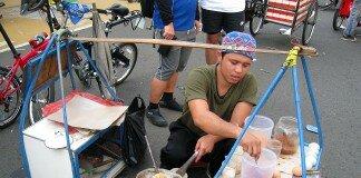 Vendedor de comida callejera, Kerak Telor Betawi