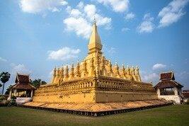 El monumento Pha That Luang en Vientian, Laos